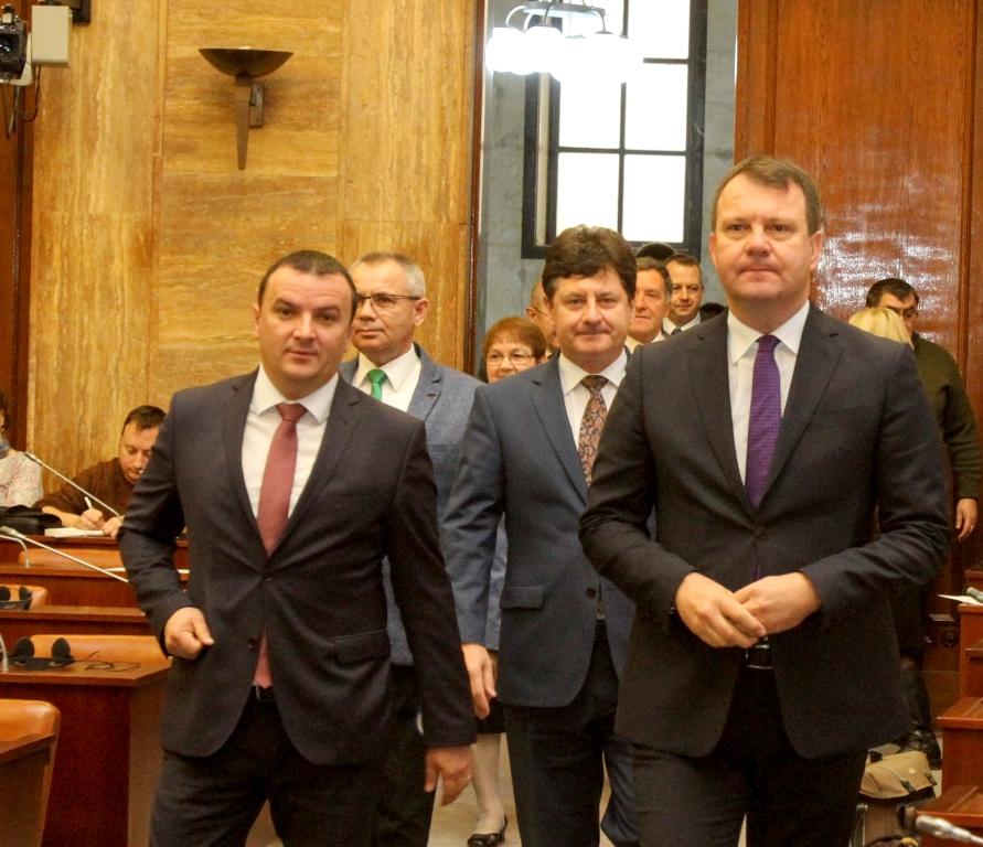 dkmt, Dnevnik/Radivoj Hadžić