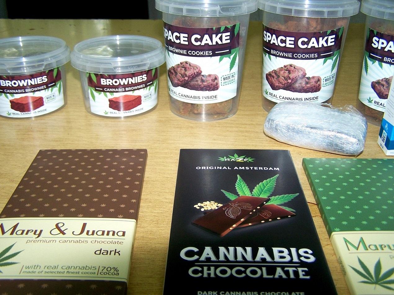 zaplenjeni narkotici, cokolade i keksi sa kanabisom