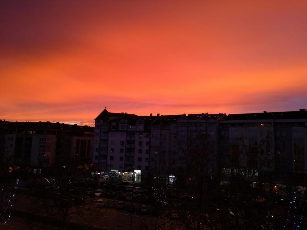 crveno nebo
