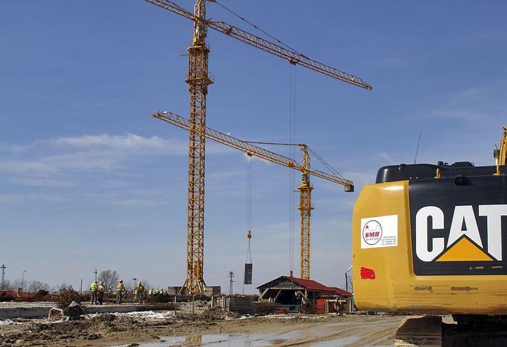 Na mestu stare zgrade RTV, porušene 1999. godine u NATO bombardovanju, gradi se nova zgrada Radio-televizije Vojvodine, a očekuje se da će biti gotova najkasnije do sredine 2019. Godine Foto: Dnevnik.rs