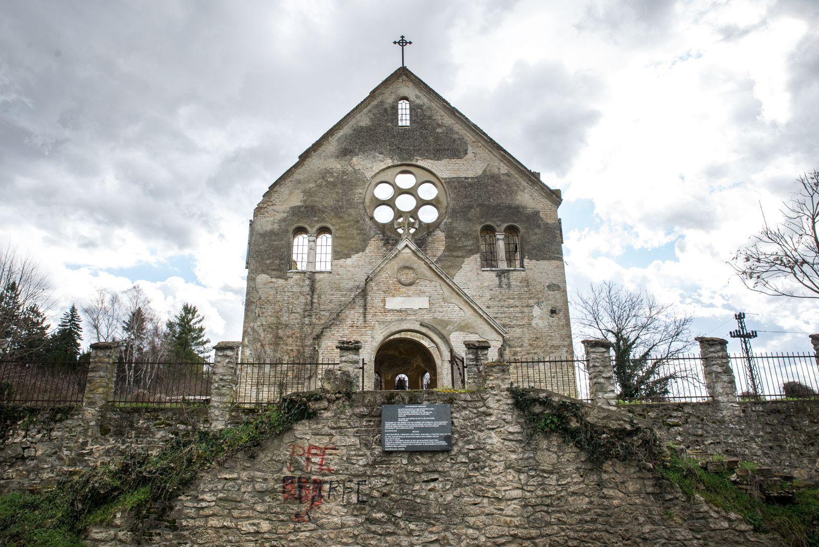 Beocin foto Jelena Ivanovic -16 crkva banostor1