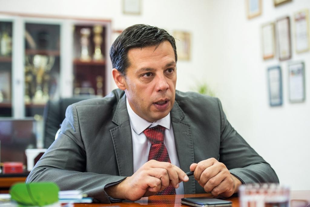 sasa maksimovic nbecej j.ivanovic