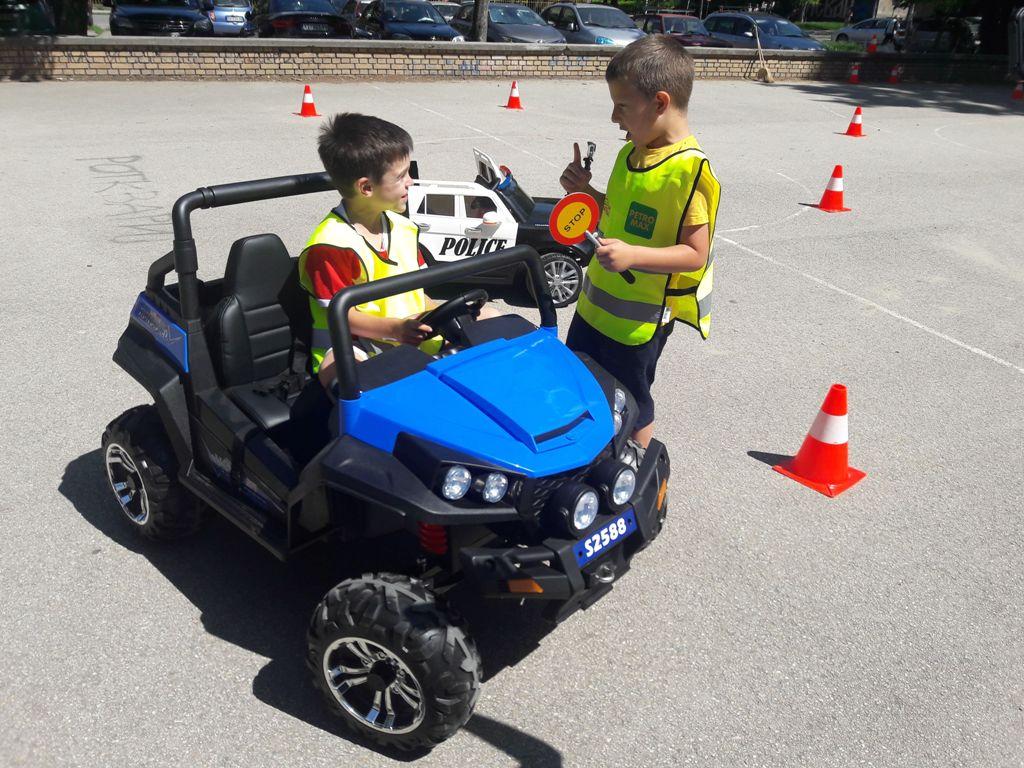 bezbednost dece u saobracaju