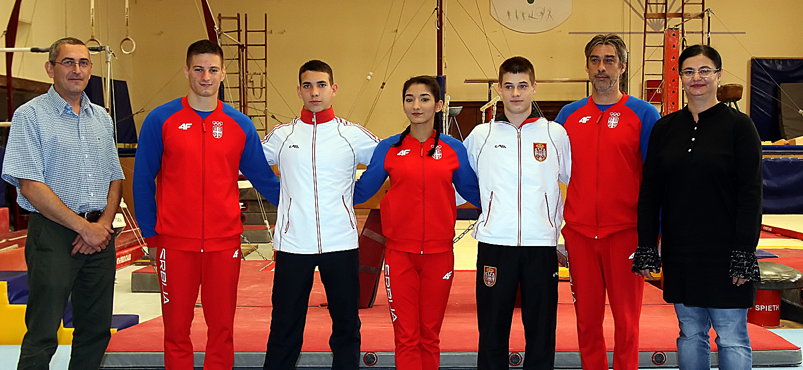Miroslav Kovacev,Bojan Dejanovic,Stefan Veselinovic,Tamara Mrdjenovic,Vlada Rakovic,Aleksandar Pandurov i Aleksandra Ristic