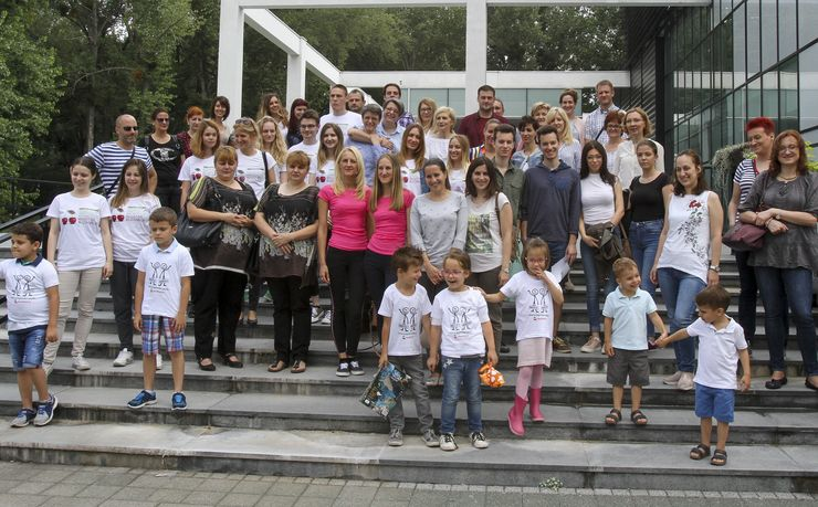 Blizancima zvanično uručen sertifikat o zigotnosti, zasnovan na DNK analizama Foto: Dnevnik.rs/R.Hadžić