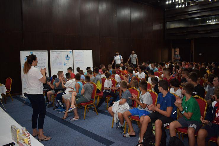 Kamp u Vrnjačkoj Banji: sabudućim šampionima se radi i na suvom... Foto: privatna arhiva
