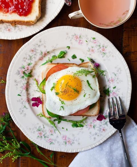 jaje na oko dorucak