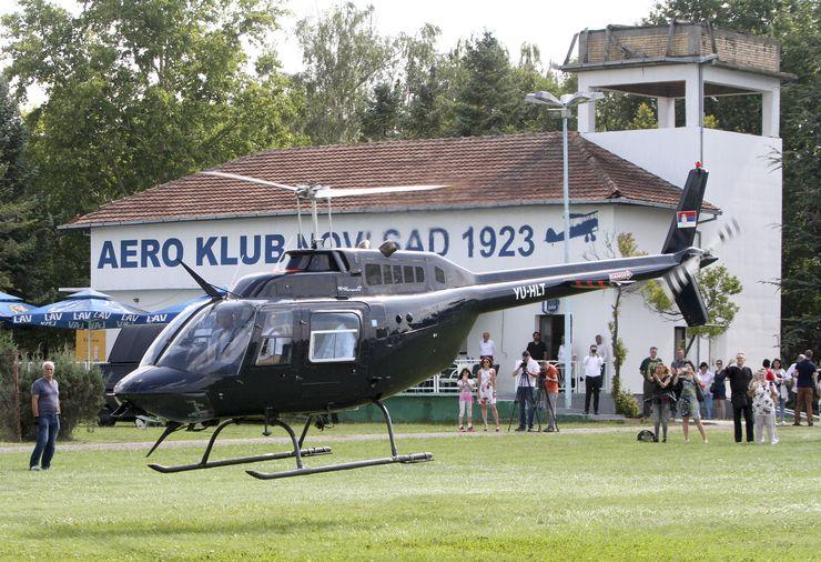 Strani ambasadori u vožnji helikopterom ...Foto: Dnevnik.rs/R. Hadžić