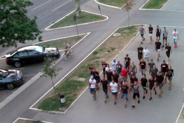 Navijaci Vojvodine pristizu na stadion Karadjordje