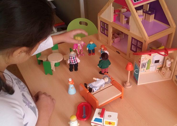 Kućica za lutke je idealna igračka koja se koristi i za terapeutske svrhe Foto: privatna arhiva V. Trivić