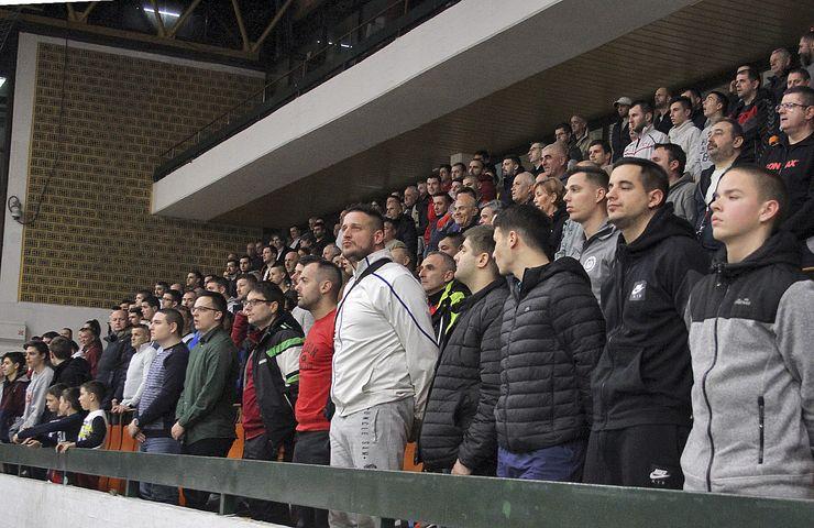 Tradicionalno završnici našeg turnira prisustvuje  veliki broj gledalaca Foto: F. Bakić