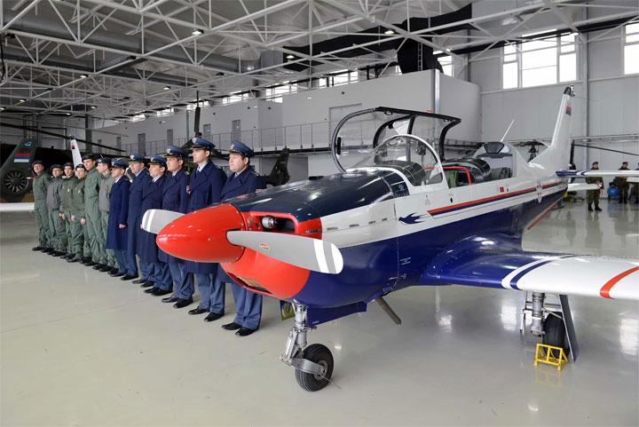 Aleksandar Vulin na Aerodromu Batajnica/Ministarstvo odbrane