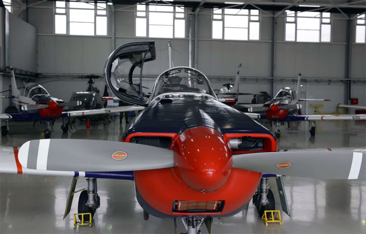 Avion lasta Aerodrom Batajnica/Ministarstvo odbrane