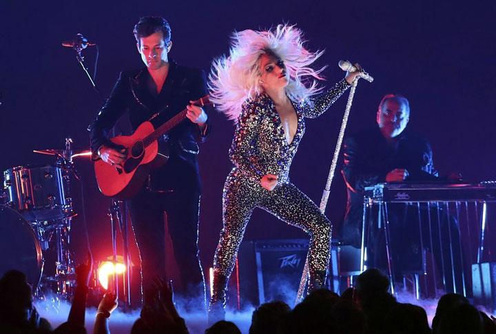 Lejdi Gaga/Fonet