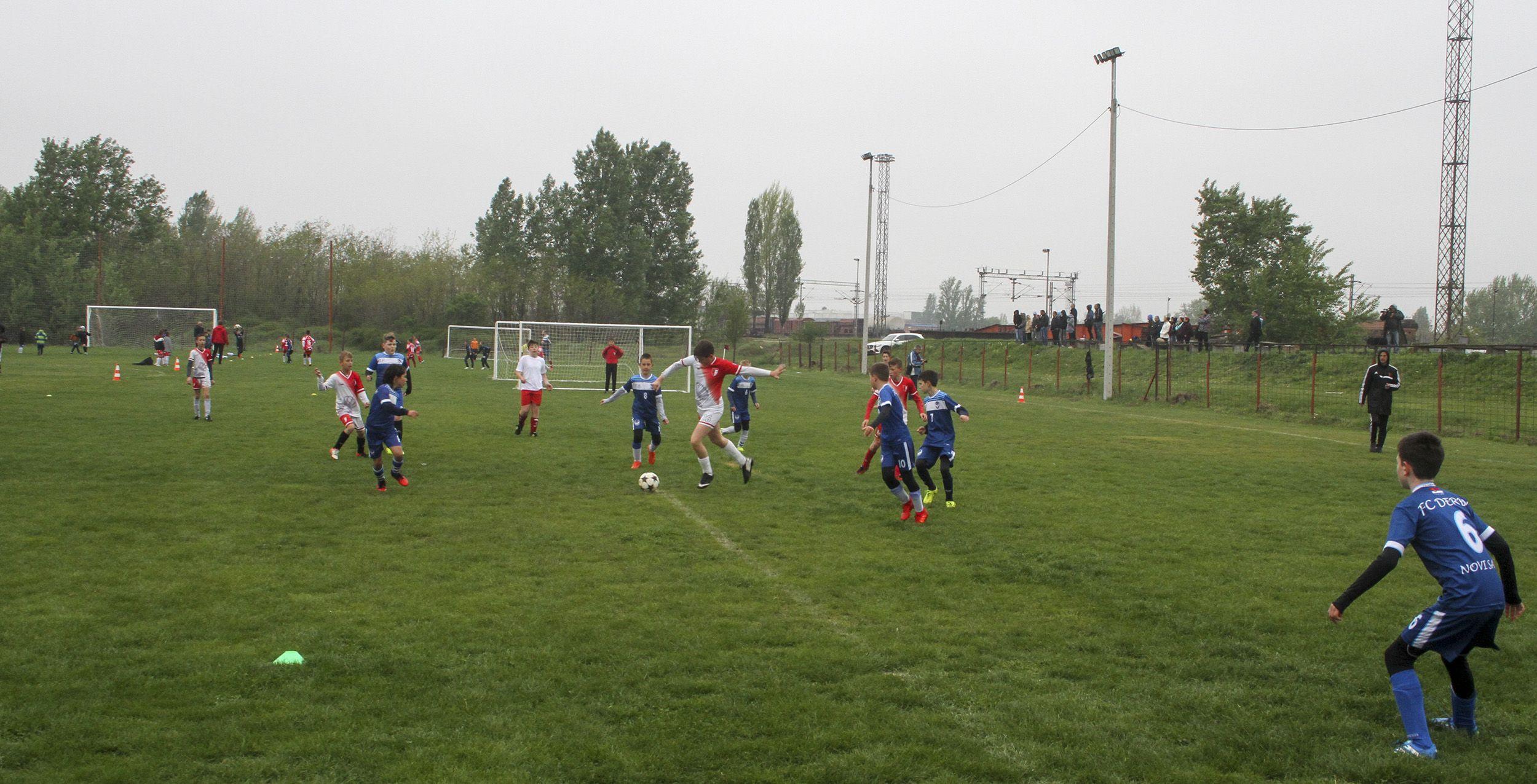 humanitarni fudbalskiTurnir03_RHA