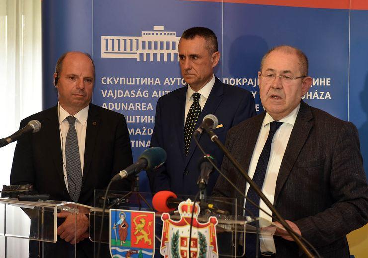 Martin Han, Nenad Borović i Ištvan Pastor Foto: Skupština Vojvodine