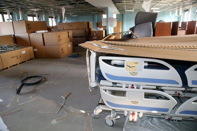 U ovom nezavršenom krilu Betanije sada se u sobama nalaze se neraspakovani bolnički kreveti Foto: Dnevnik.rs