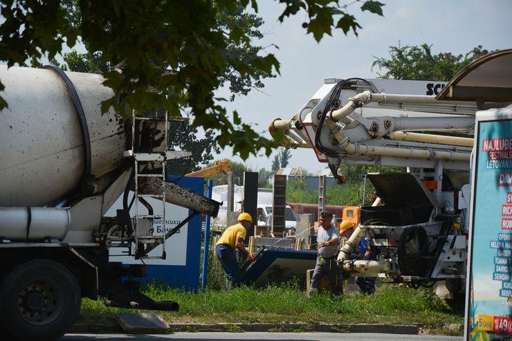 Počinje izgradnja novog izlivnog kolektora kod Beogradskog keja  Foto: V. Fifa