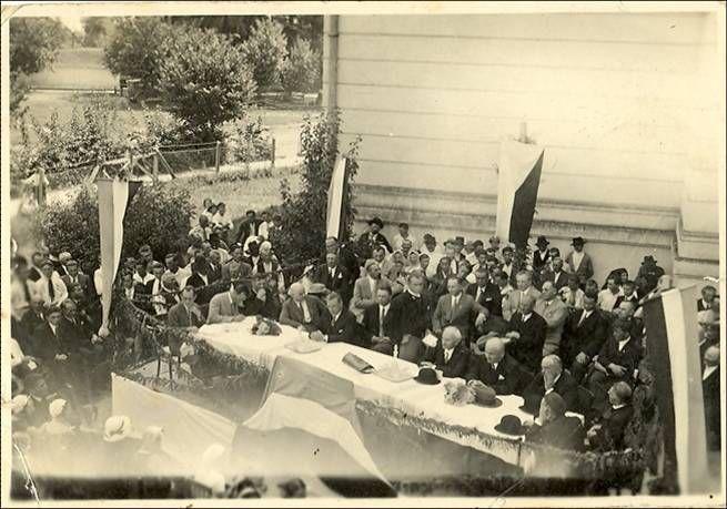 Skup u Bačkom Petrovcu u vreme osnivanja Matice slovačke august 1932