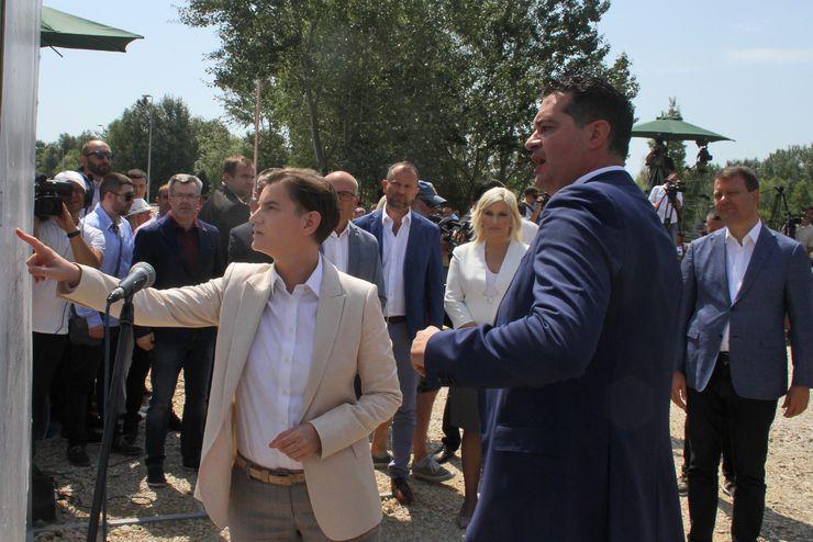 Ana Brnabić na otvaranju gradnje stanova za pripadnike snaga bezbednosti u Novom Sadu Foto: R. Hadžić