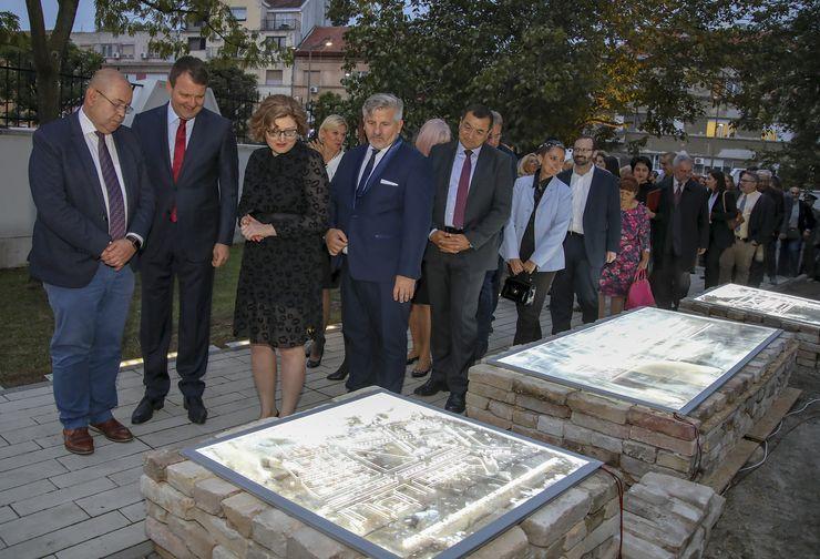 Otvorena izložba o Banskoj palati u Arhivu Vojvodine Foto: R. Hadžić