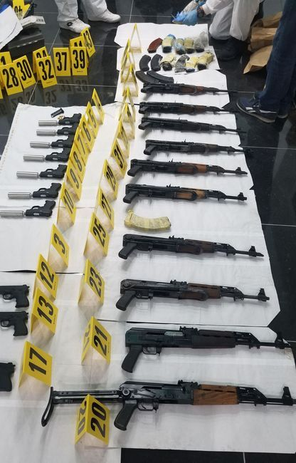 Zaplenjena veća količina oružja Foto: MUP Srbije
