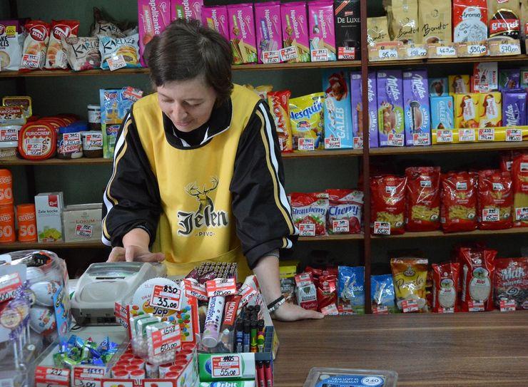 Iako nema kafanu, Njegoševo ima čak tri prodavnice Foto: Vanja Fifa