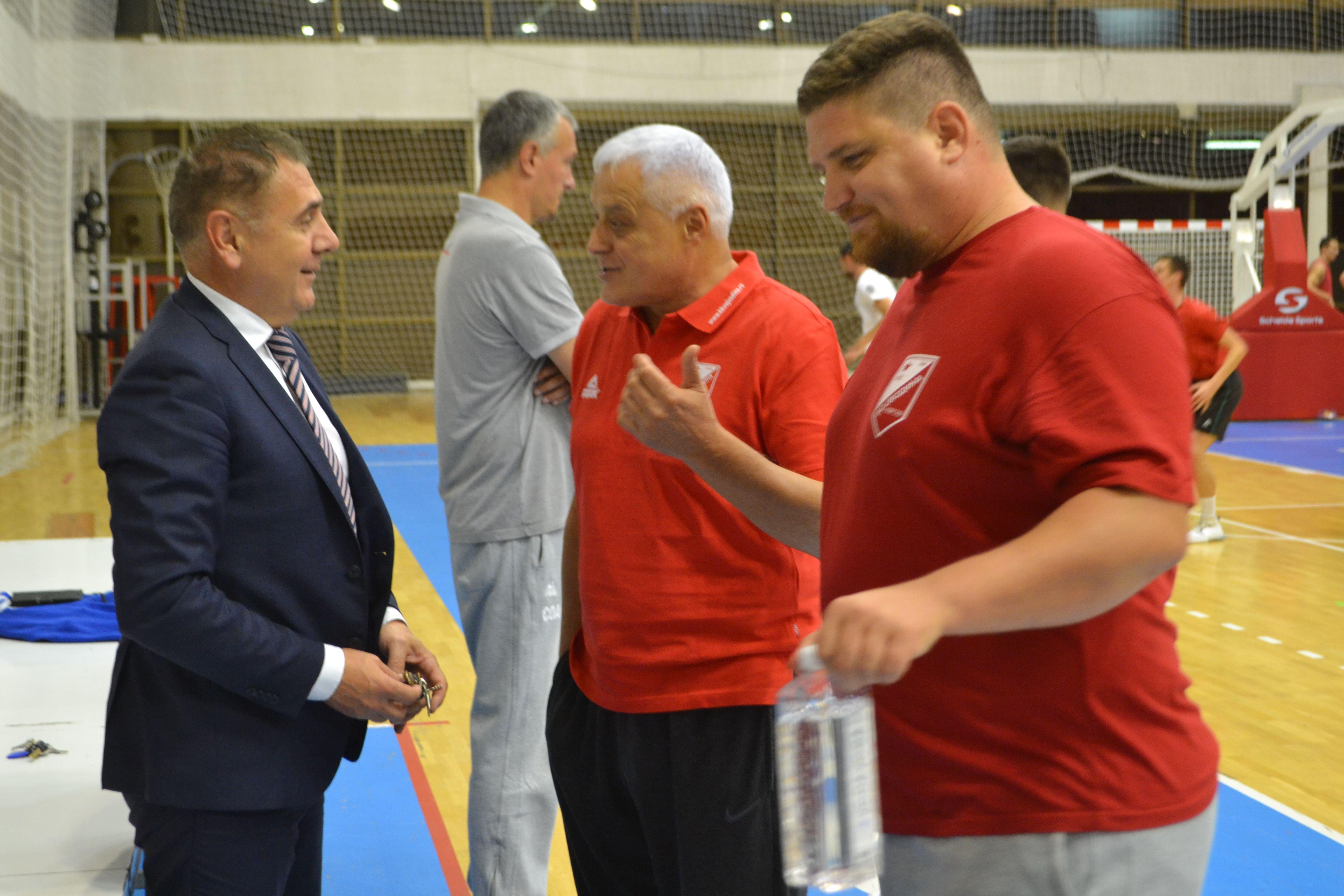 KK Vojvodina trener Nikolic 10