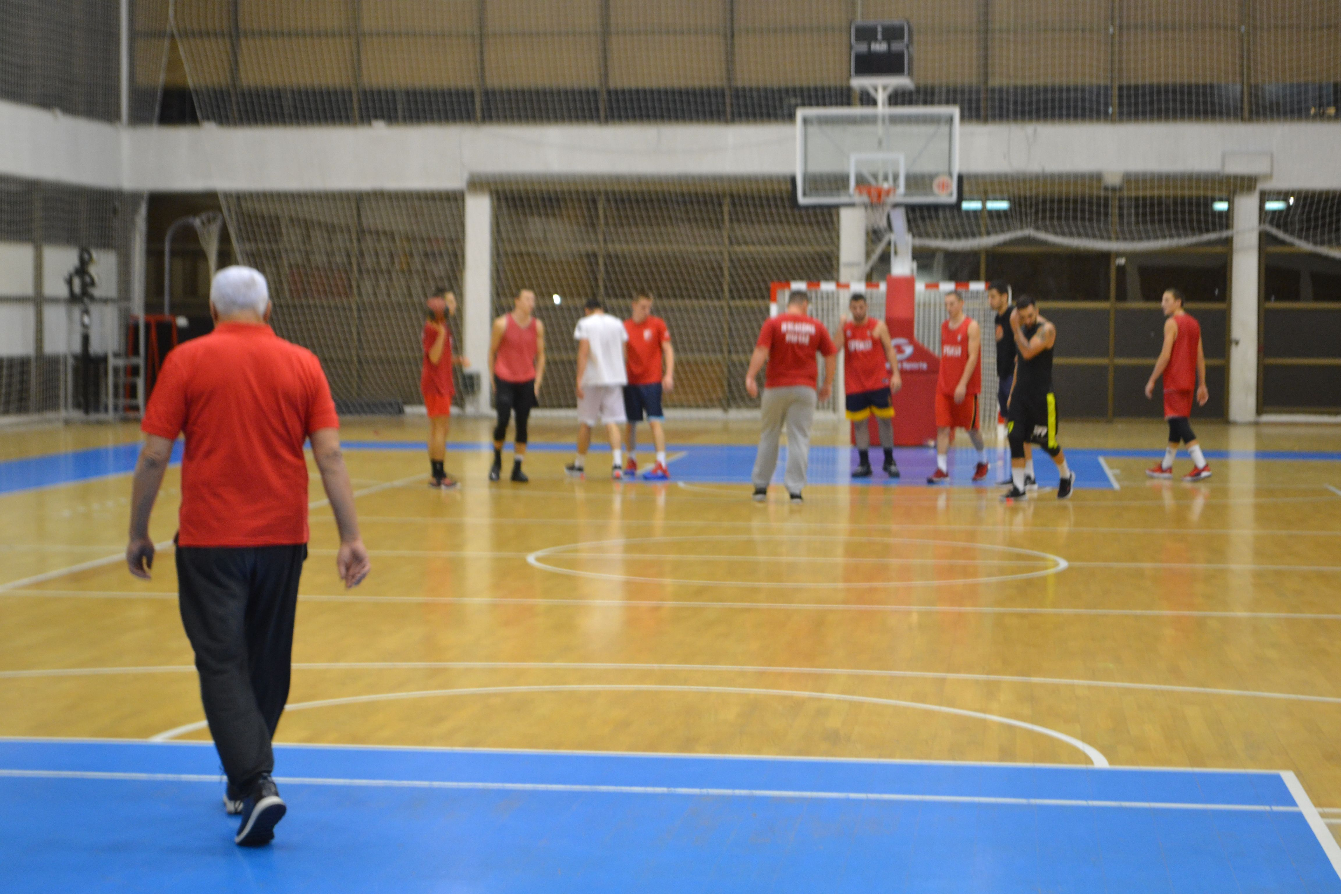 KK Vojvodina trener Nikolic 12