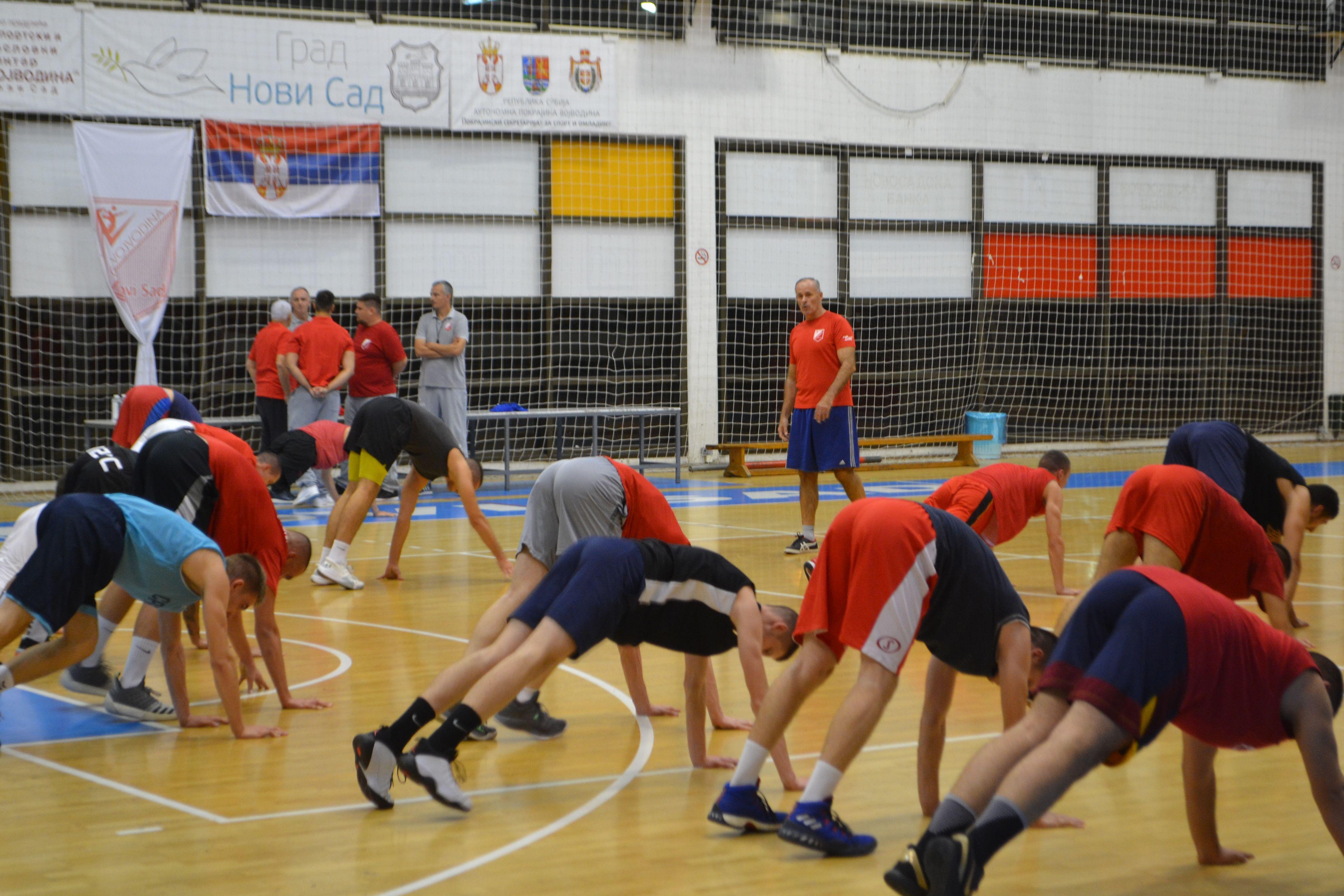 KK Vojvodina trener Nikolic 6