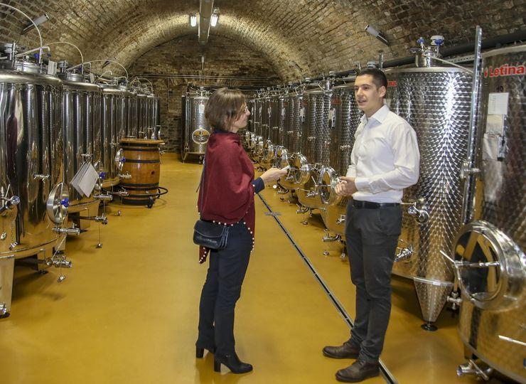 """Vinumov"" pinole pripisuje se mladom enologu vinarije Jovici Uroševiću Foto: R. Hadžić"