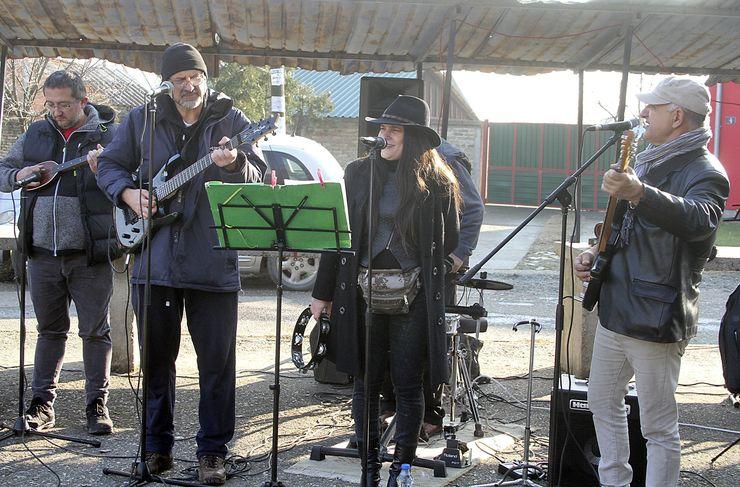 """U muzičkom delu programa publici se predstavio i lokalni pop-rok bend """"Atrakcija"""" Foto: F. Bakić"""