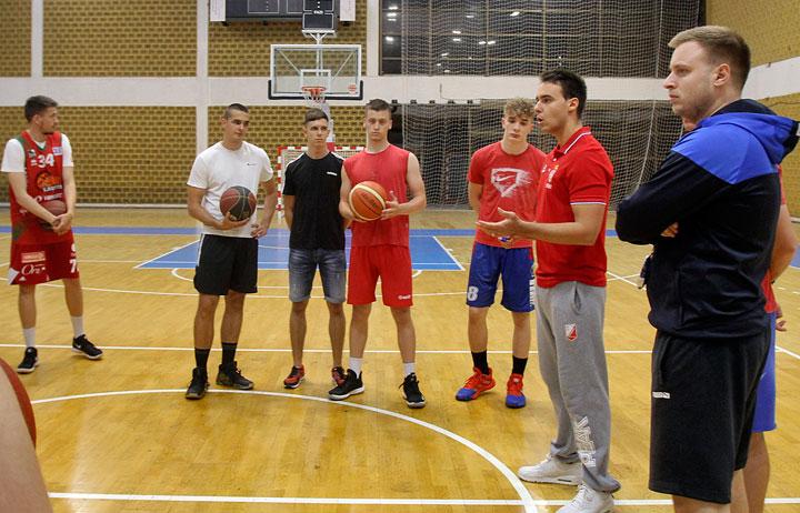 Милош Исаков Ковачевић на тренингу КК Војводине/Ф. Бакић