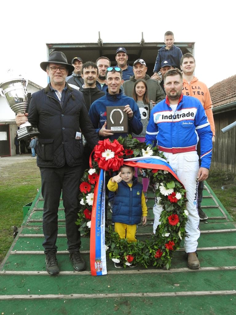 0 Animal Trade Racing Team nakon istorijskog uspeha na okupu vlasnici, treneri, vozači, štalski momci