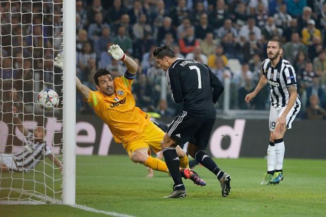 Đanluiđi Bufon i Kristijano Ronaldo  Foto: Youtube/printscreen