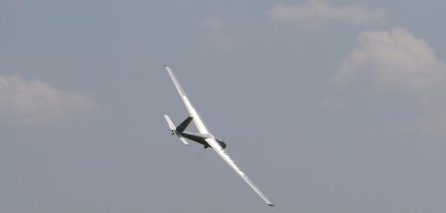 jedrilica Aeromiting_Cenej_2007-9296-A_Erski