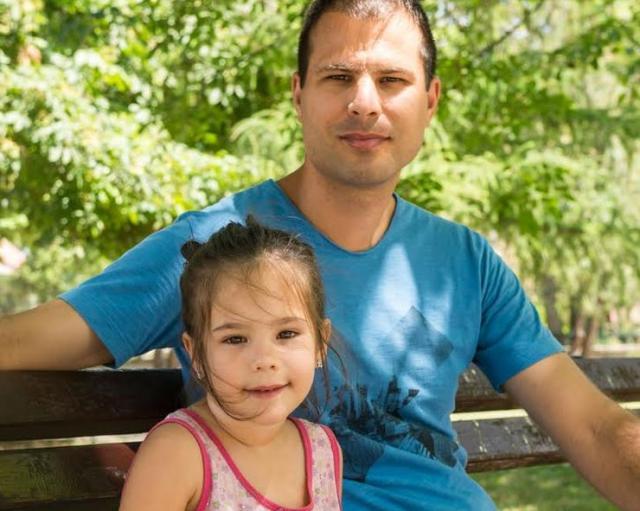 Miloš i ćerka Iva vole život na selu  Foto: Jelena Ivanović