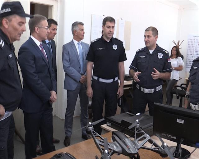 Nova oprema u PU Savski venac Foto: MUP Srbije