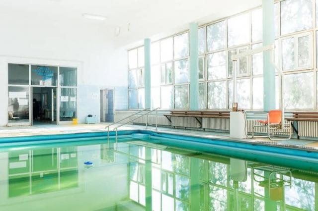 Vodu u bazenu zagreva sunčeva energija Foto: Dnevnik.rs