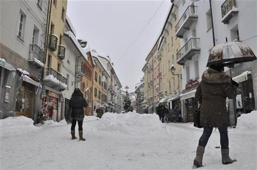 sneg u Evropi Foto: Thierry Pronesti/ANSA via AP