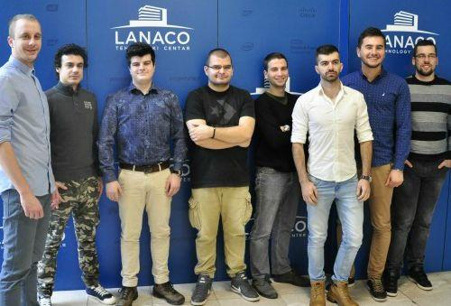 "Zrenjaninski studenti u it kompaniji ""Lanaco""  Foto: Dnevnik.rs"
