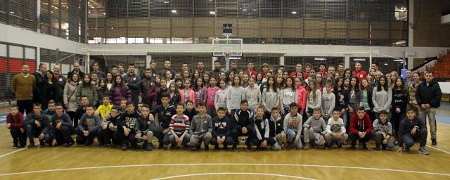 Deca s Kosova