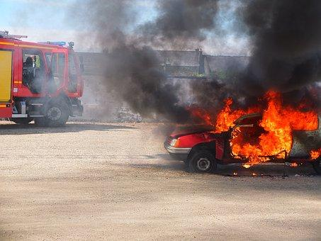 auto vatra pixabay