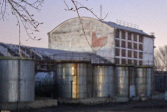 Rezervoari bivše fabrike HINS u Novom Sadu Foto: Dnevnik.rs/R. Hadžić
