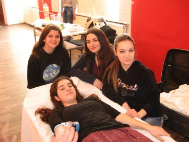 Akcija davanja krvi za punoletne srednjoškolce u Beloj Crkvi Foto:Dnevnik.rs