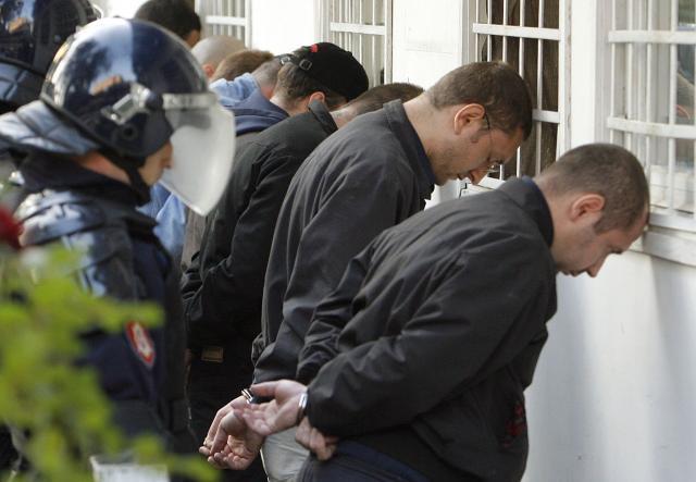 "Posle sukoba tokom održavanja ""Antifašističke šetnje"" u oktobru 2007. Foto: Dnevnik.rs/arhiva"