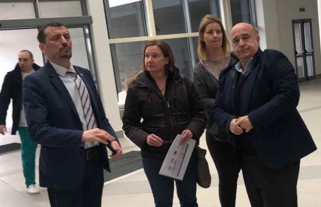 Delegacija Svetske banke posetila Klinički centar u Nišu Foto: Tanjug