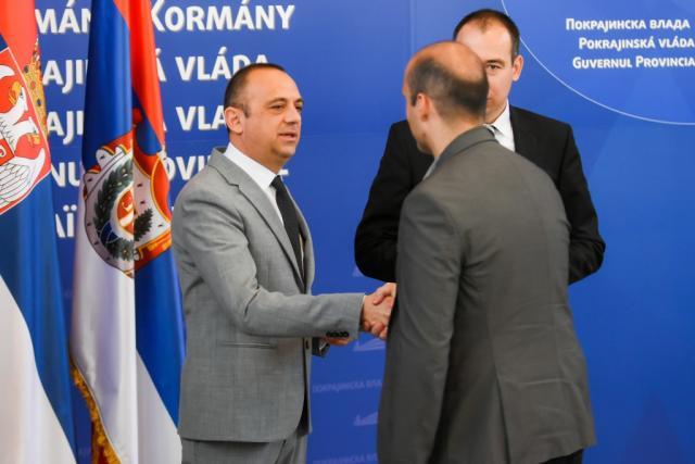 Miliceviv, dodela ugovora