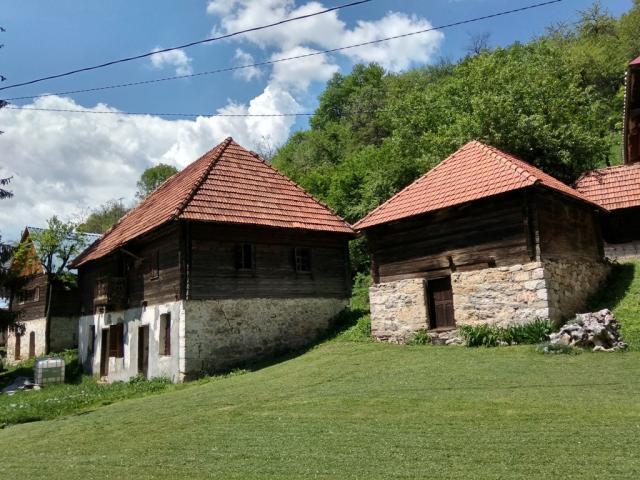 Selo Shtitkovo zlatibor