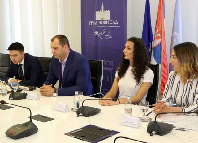 """Predstavljanje Festivala nacionalnih kuhinja """"Food Planet"""" u  Gradskoj kući Foto: novisad.rs"""